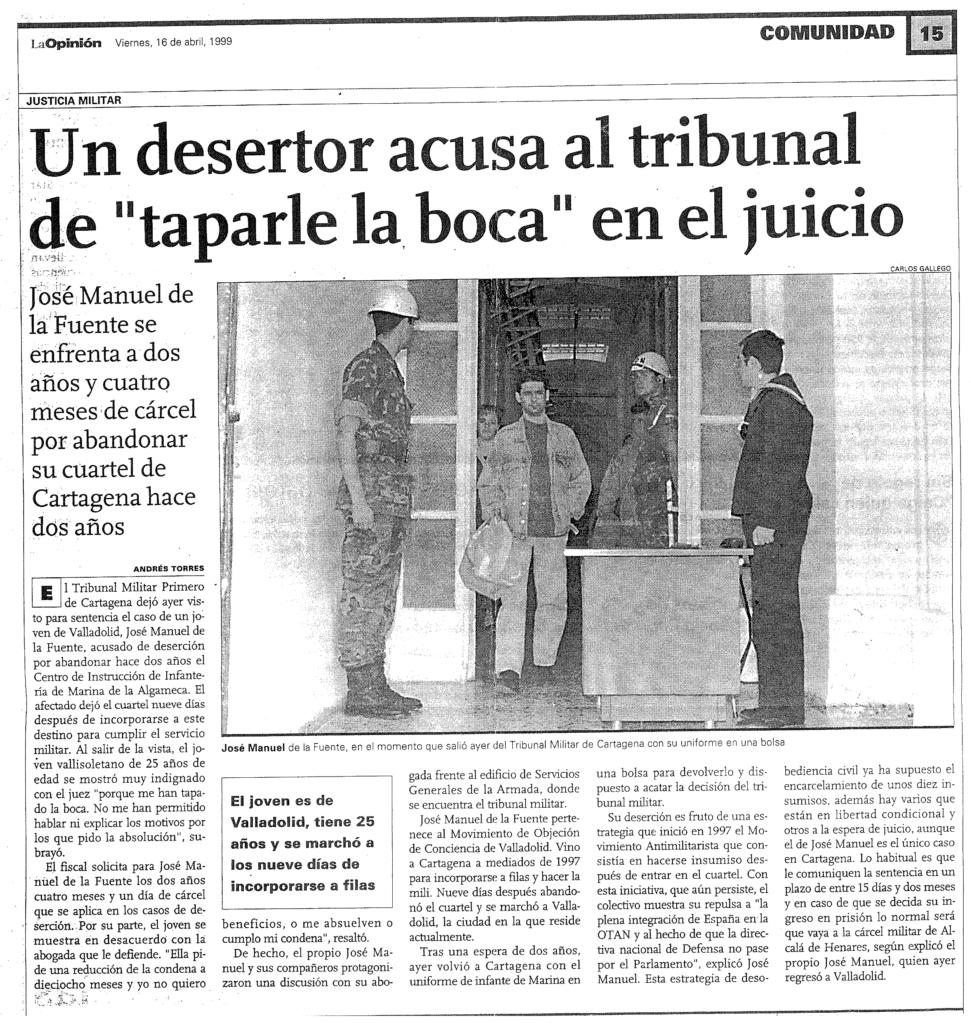 Artículo de prensa de La Opinión (Murcia) que explica por encima mi juicio. En la imagen se me ve salir de la sala del tribunal tras ser juzgado.